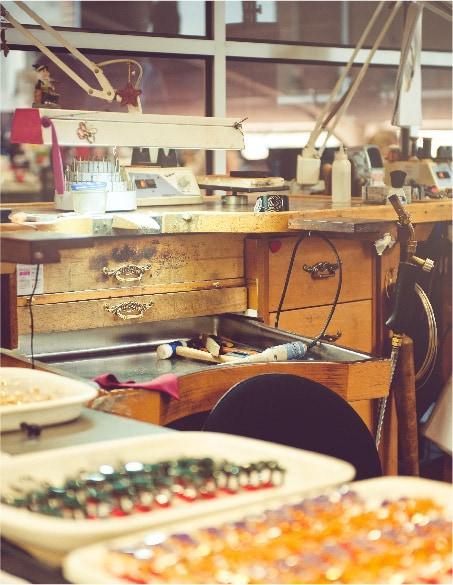 Cajones y mesa de taller de Tous