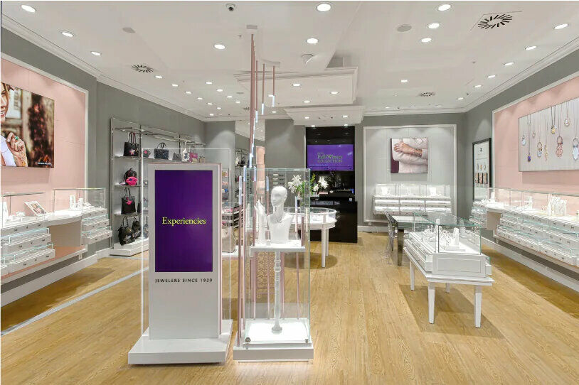 Interior de boutique de Tous